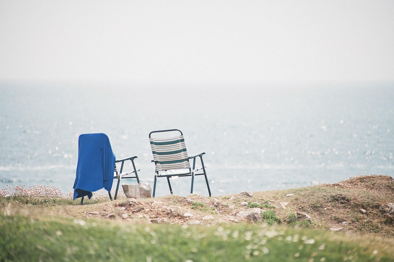 beach-chairs-1149450_1280