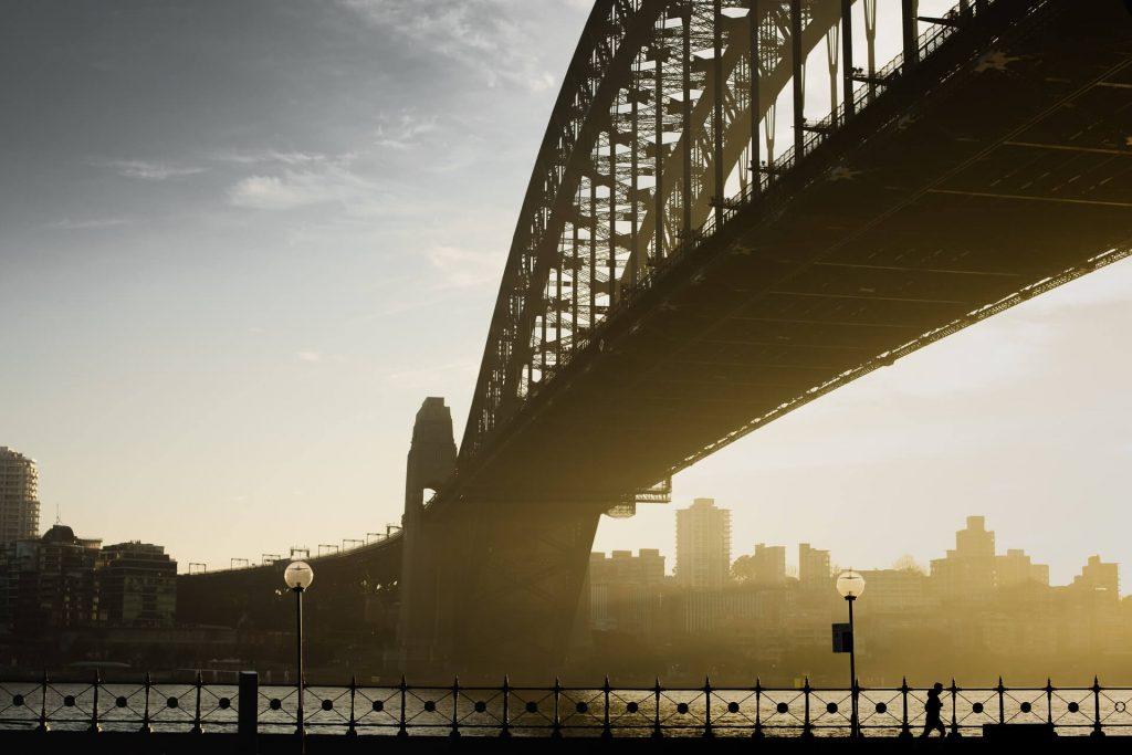 runner-sydney-harbour-bridge